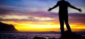Deus trabalha por nós e não desiste dos seus escolhidos